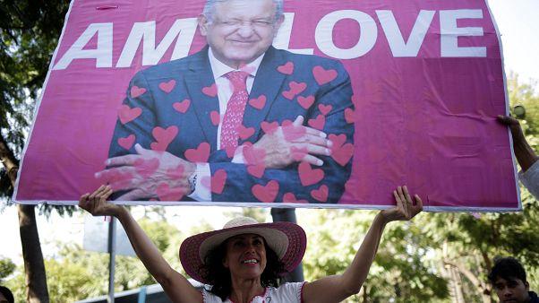 Un año de López Obrador con pocas luces y muchas sombras
