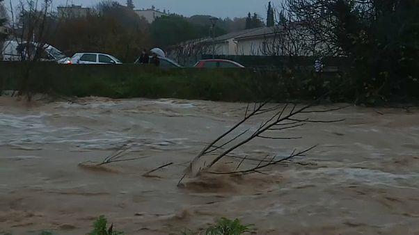 فيديو: خمسة قتلى في فيضانات فرنسا بينهم ثلاثة رجال إنقاذ