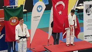 Down Sendromlular Dünya Judo Şampiyonası'nda Talha Ahmet Erdem altın madalya kazanarak, bu alanda Türkiye'ye ilk dünya şampiyonluğunu getirdi. ( AA - Anadolu Ajansı )