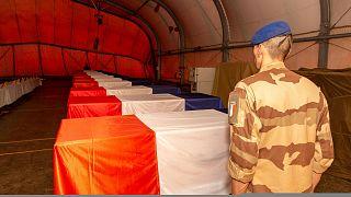 Búcsú a 13 katonától a mali Gaóban