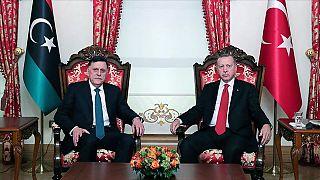 Cumhurbaşkanı Recep Tayyip Erdoğan ve Libya Ulusal Mutabakat Hükümeti Başkanlık Konseyi Başkanı Al Sarraj
