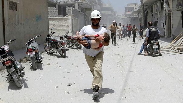 شمار قربانیان غیرنظامی در حملات هوایی ارتش سوریه به ادلب به ۱۹ تن رسید