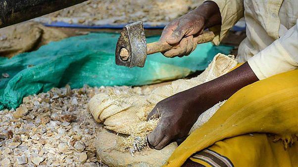 Dünyada 40 milyondan fazla modern köle var; yüzde 71'i kadın ve kız çocuğu
