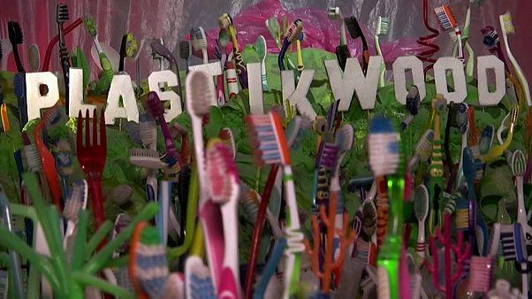 """""""Plastikwood Animations"""""""