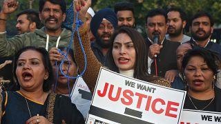 بأي ذنب اغتُصبت وأُحرِقت ؟ فظاعةٌ جديدة في الهند ضحيتها طبيبة بيطرية.. هذه قصتها