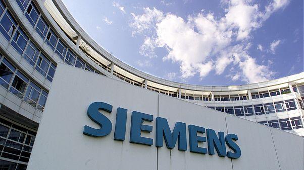 Στην φυλακή τρεις καταδικασθέντες για την υπόθεση Siemens