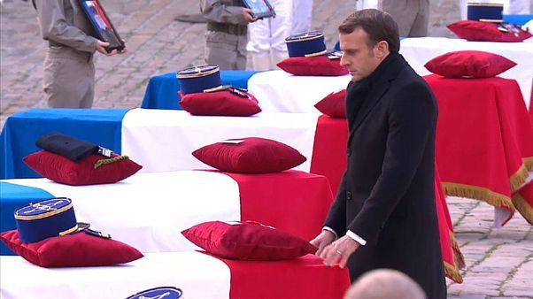 França presta homenagem aos soldados caídos no Mali