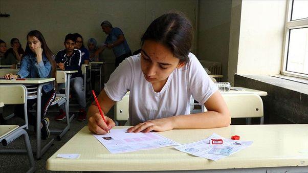 PISA sonuçları: Türkiye'deki '15 yaş grubu öğrencileri' OECD ortalamasının gerisinde kaldı