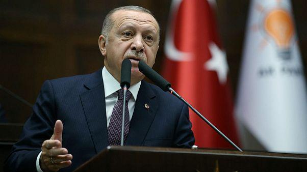 اردوغان: اگر ناتو جنگ ترکیه با «تروریستها» را قبول نکند، برنامه دفاعی شرق اروپا را مختل میکنیم