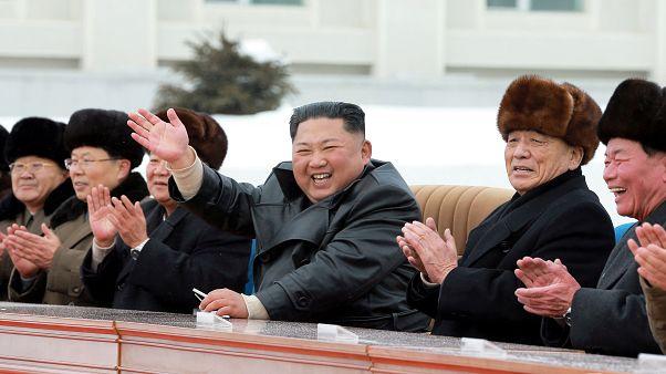 """كوريا الشمالية تحذر واشنطن من """"هدية عيد ميلاد"""" لا تحمد عقباها"""