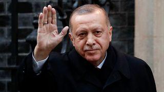 Recep Tayyip Erdoğan, à chegada a Downing Street, em Londres