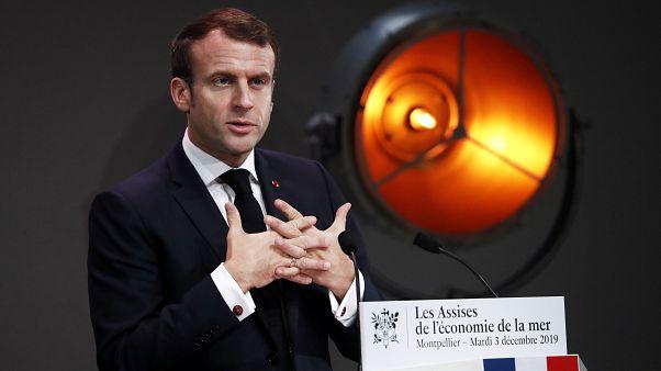 """França acaba com subsistemas de pensões e introduz """"idade de referência"""""""