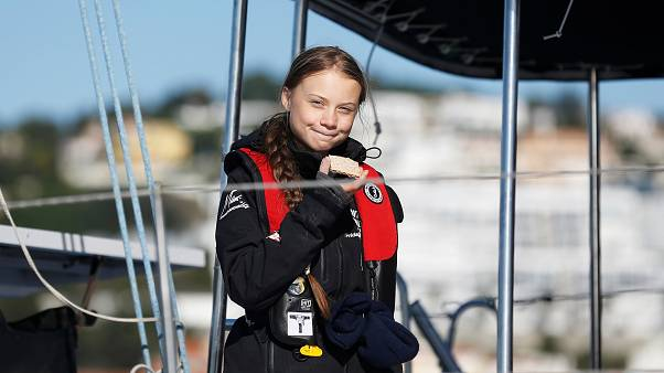 Atlantik'i yelkenliyle aşan Greta Thunberg Lizbon'a ulaştı