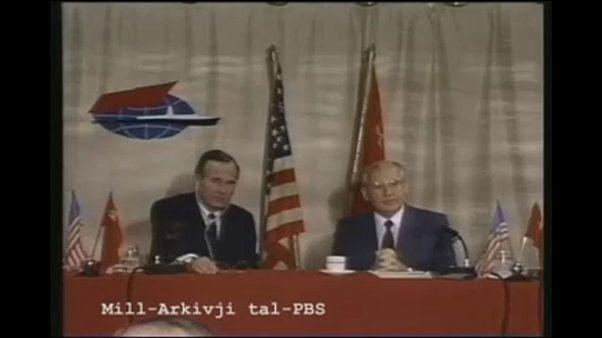 30 éve ért véget a hidegháború, Gorbacsov és Bush barátságos egyeztetésével