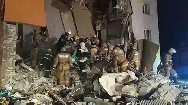 Gasexplosion verursacht Teileinsturz: Ein Todesopfer und 6 Verletzte