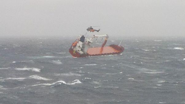 Επιτυχής διάσωση του πληρώματος ακυβέρνητου πλοίου στο Αιγαίο