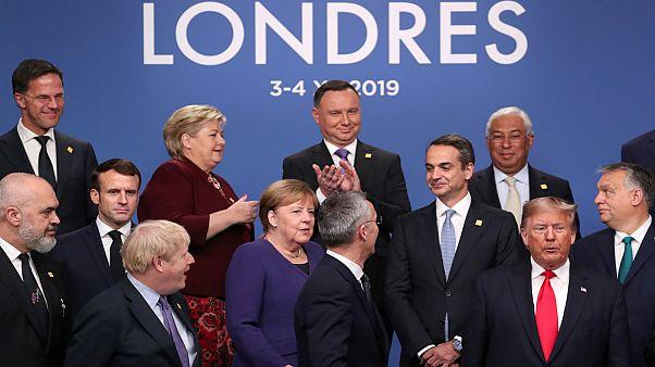 A finanszírozás, a kiberbiztonság és Szíria a NATO vezetőinek asztalán