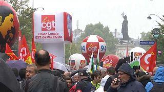 Kräftemessen ab dem 5.12.: Gewerkschaften und Gelbwesten gegen Macron