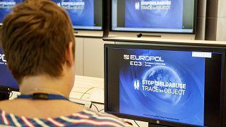 Europol tarafından 31 ülkede düzenlenen kara parayla mücadele operasyonlarında 228 kişi tutuklandı