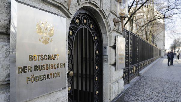 Москва грозит ответом на высылку российских дипломатов из Германии