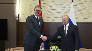 A kémbotrány sem rontotta el az orosz és a szerb elnök barátságát