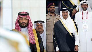 هل يلبي أمير قطر دعوة الملك سلمان له لحضور القمة الخليجية في الرياض؟