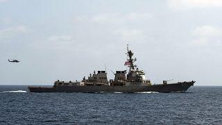 ناو آمریکایی قایق حامل قطعات موشک را به ظن ارتباط با ایران توقیف کرد