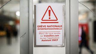 Grèves : la France au ralenti