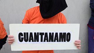 Guantanamo mahkumu CIA'in işkence yöntemlerini resmetti