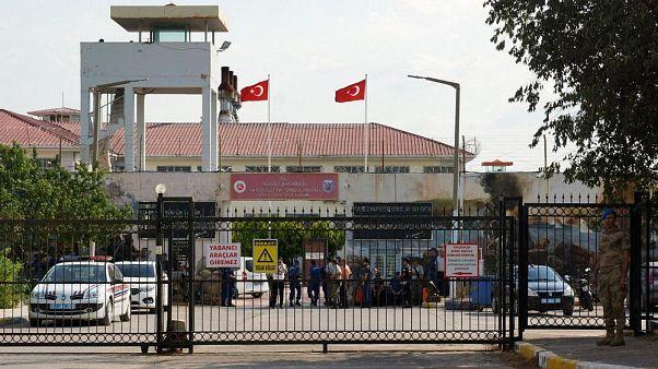Türkiye'de 100 bin kişi başına düşen tutuklu sayısı 323'e yükseldi