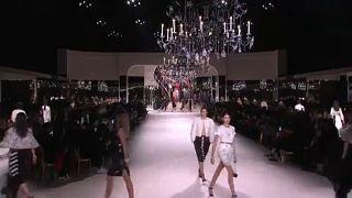 Lagerfeld öröksége az új Chanel-kollekcióban is tovább él