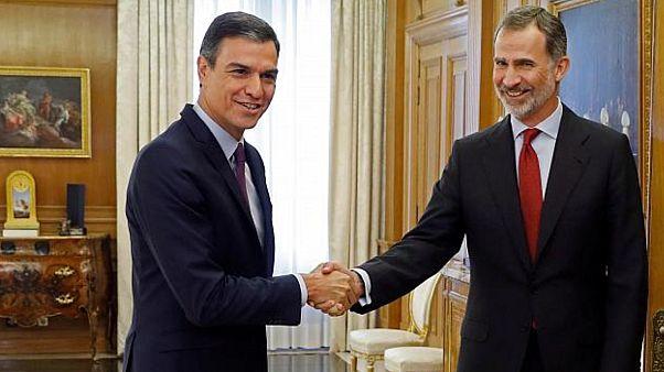Felipe VI inicia el martes la ronda de consultas para la investidura en España
