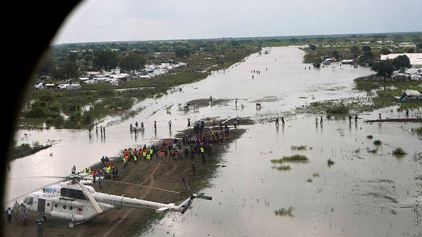Heyelan ve seller nedeniyle Afrika'nın doğusu ve güneyinde bin 200'den fazla kişi hayatını kaybetti