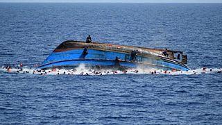 Batı Afrika açıklarında göçmen teknesi battı: En az 58 ölü