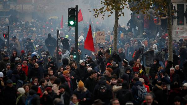 French government to move forward with pension reform despite nationwide strike