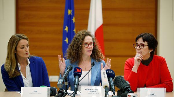 Europa no descarta activar el artículo 7 contra Malta
