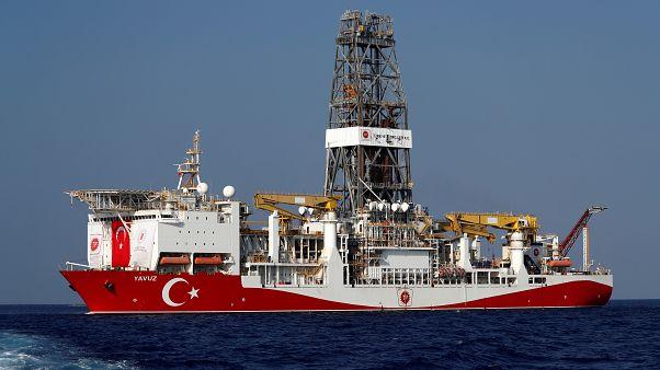 سفينة الحفر التركية يافوز في شرق البحر المتوسط قبالة قبرص