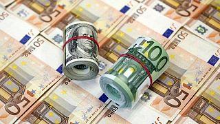 ادامه رشد دلار؛ فاصله نرخ آزاد و رسمی یورو از ۶۰۰ تومان گذشت