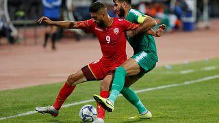 صورة من مباراة  بين منتخبي العراق والبحرين خلال التصفيات المؤهلة لكأس العالم 2020