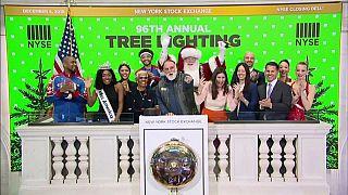 El chef español José Andrés lleva la Navidad a la Bolsa de Nueva York