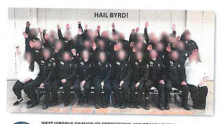 Nazi selamı veren cezaevi çalışanı kursiyerler