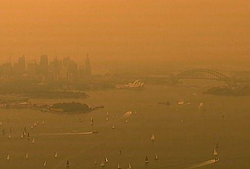 Heftige Buschbrände rund um Millionenmetropole Sydney