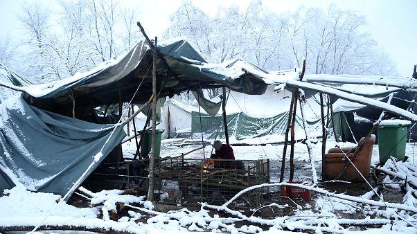 Felszámolják a pokoli körülményeiről híres boszniai menekülttábort