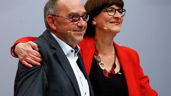 SPD bestätigt Führungsduo und holt Kevin Kühnert in die Spitze