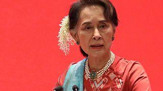 Myanmar Devlet Danışmanı (Devlet Başkanı) Aung San Suu Kyi