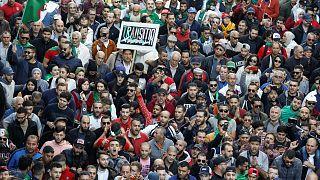 مظاهرات الجمعة الأخيرة قبل الإنتخابات الرئاسية التي يرفضها المحتجون في الجزائر