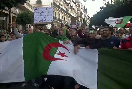 Алжир лихорадит перед выборами