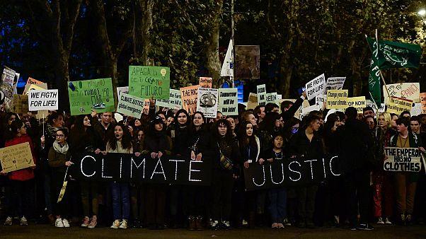 """Los jóvenes piden """"justicia por el clima"""" en Madrid Fuent"""