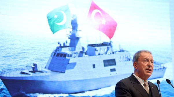 Milli Savunma Bakanı Hulusi Akar: Türkiye, NATO zirvesinde terörle mücadelede yalnız bırakıldı