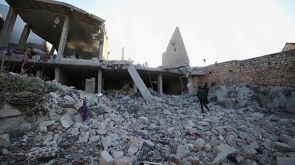 Civilek haltak meg egy szíriai légitámadásban